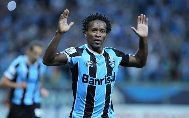 Veterano Zé Roberto é um dos representantes  do Grêmio no Bom Senso FC