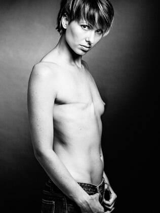 O Scar Protect, do fotógrafo David Jay, contempla mulheres que superaram o câncer de mama