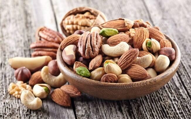 Alimentos afrodisíacos: oleaginosas estimulam a produção de dopamina