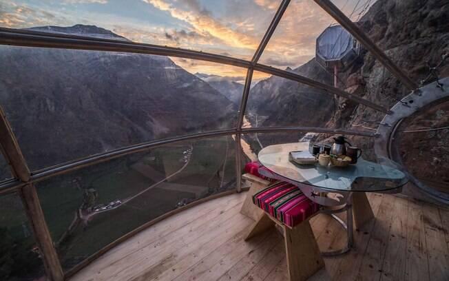 Os skypods no topo das montanhas peruanas são casas exóticas até um tanto românticas para quem quer fazer diferente