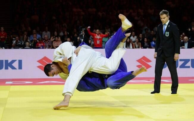 David Moura fez a final no Mundial de judô com Teddy Riner e acabou derrotado