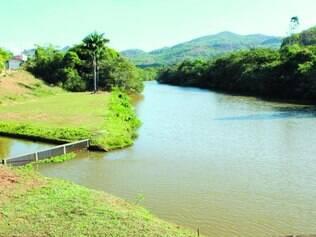 Rio das Velhas. Vazão baixa aumenta poluição e pode prejudicar captação em Sete Lagoas