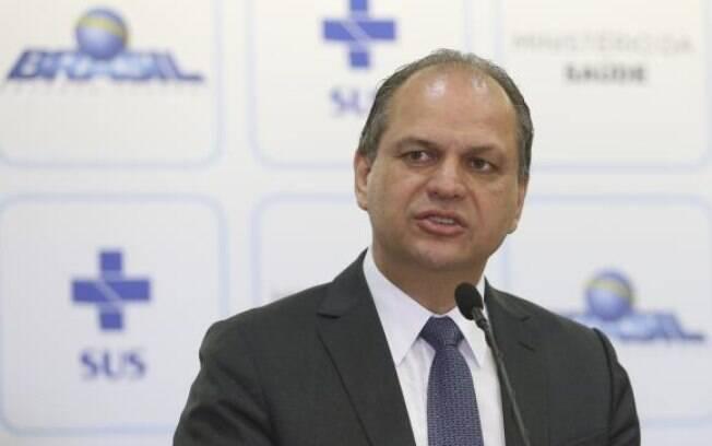 Ex-ministro da Saúde, Ricardo Barros será concorrente de Rodrigo Maia à presidência da Câmara
