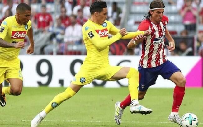 Filipe Luis em partida do Atletico de Madri