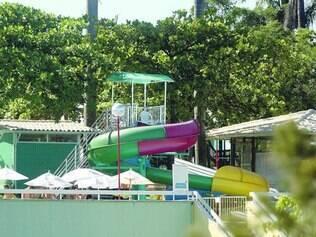 Na imagem, toboágua da piscina onde o acidente aconteceu
