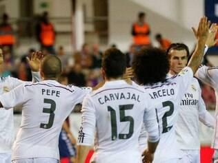 Real Madrid faz a festa em goleada sobre o pequenino Eibar