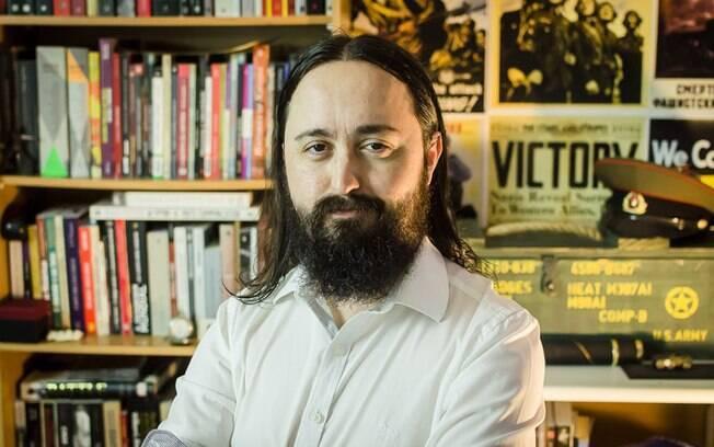 Historiador e Youtuber Icles Rodrigues fala sobre China e censura em entrevista ao iG Gente