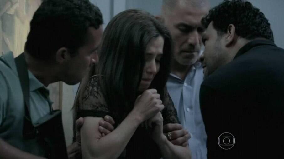 Capangas invadem o apartamento de Maria Ísis em busca de José Alfredo