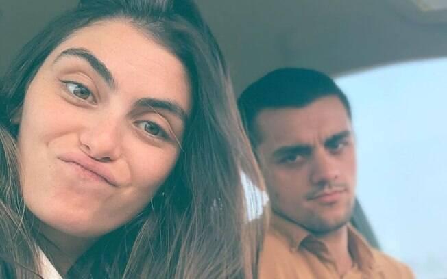 Mãe de 3 filhos, Mariana Uhlmann fala sobre vida sexual com Felipe Simas