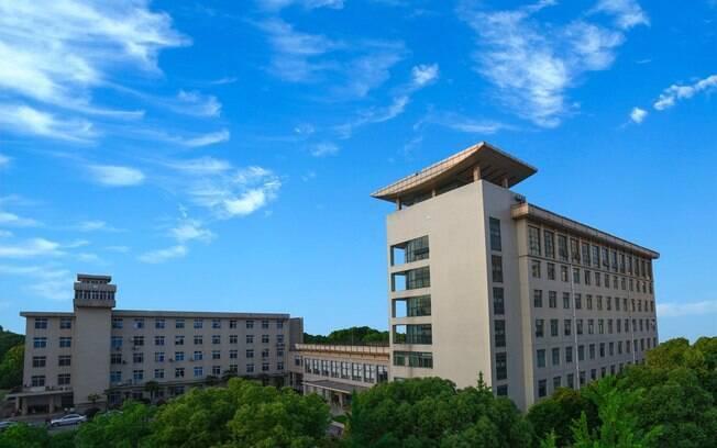 Segundo cientista do Instituto de Virologia de Wuhan, doença pode ter começado em outro local