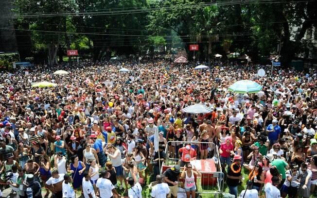 Número de adeptos ao carnaval de rua vem crescendo na capital paulista; edição de 2016 teve público de dois milhões