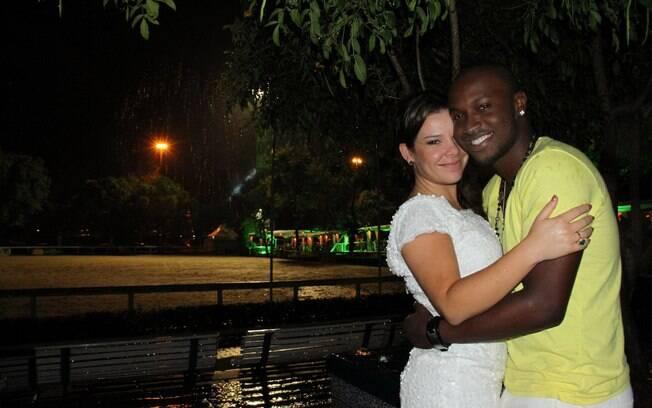 Fernanda Souza e Thiaguinho comemoram juntos a virada de ano