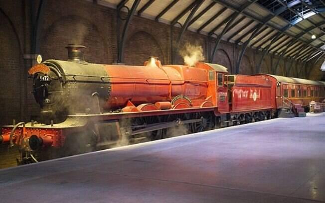 A locomotiva de Hogwarts está em exposição na Warner Bros. Studio Tour, em Londres