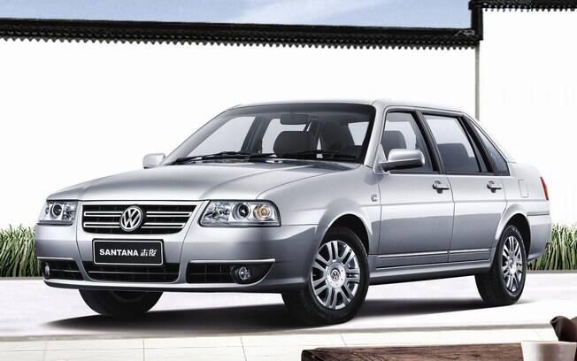 Volkswagen Santana Vista: tentaram dar um ar mais sofisticado do sedã na China, até com painel imitando madeira