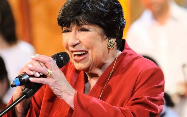 A cantora e apresentadora está internada no hospital Sírio-Libanês, em SP