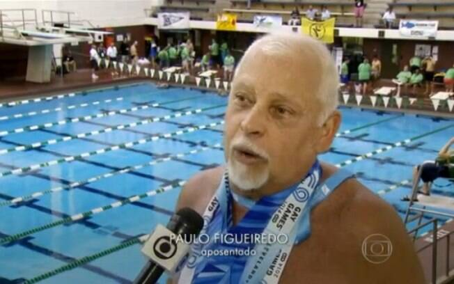 O nadador Paulo Figueiredo dá entrevista para o