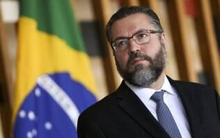 """Venezuela é """"elefante na sala"""" da América do Sul, diz Ernesto Araújo"""