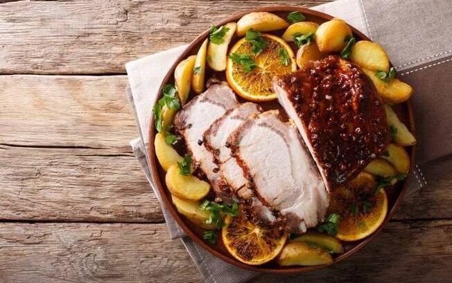 Nada como uma marinada para temperar a carne de porco não é mesmo?