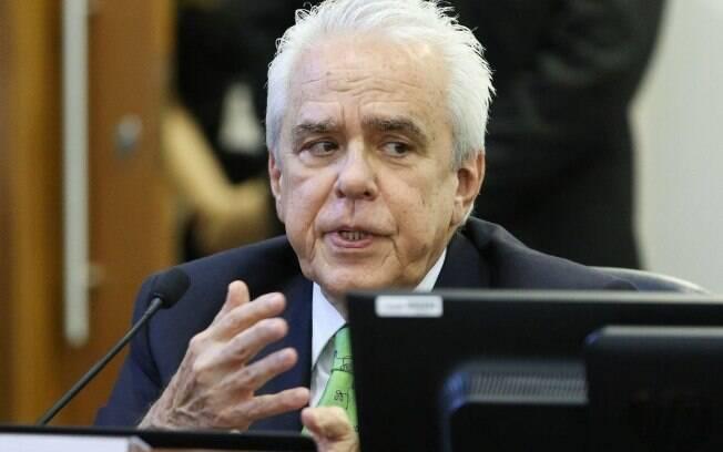 Castello Branco também anunciou que a Petrobras vai sair do mercado de transporte e de distribuição de gás natural