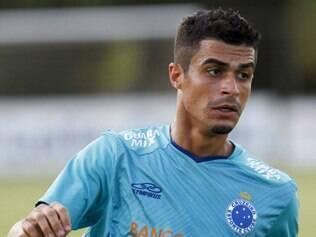 Egídio terá nova oportunidade entre os titulares do Cruzeiro