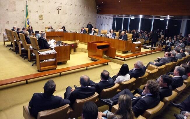 STF negou procedência de ação da PGR; Janot alegou que ensino religioso