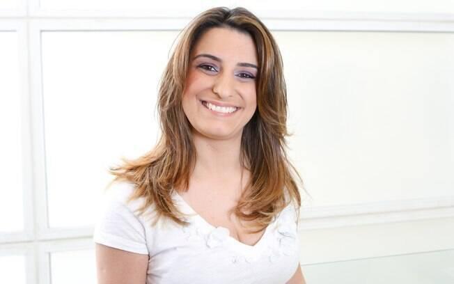 Mariana Oliveira com o cabelo novo