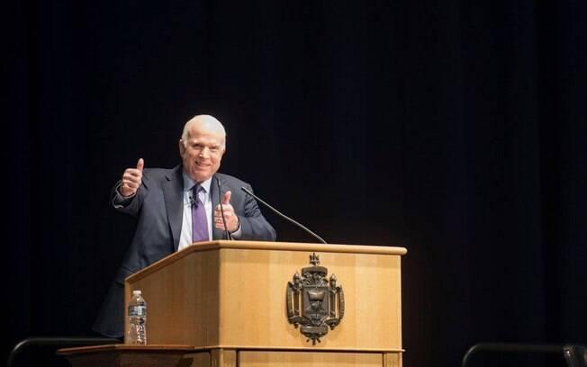 John McCain morreu aos 81 anos há uma semana, em seu rancho em Cornville, no estado do Arizona, após dura batalha contra um câncer cerebral