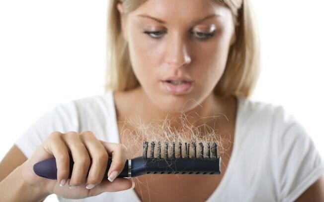 Em casos mais severos, a perda pode ser de até 30% a 50% da massa capilar