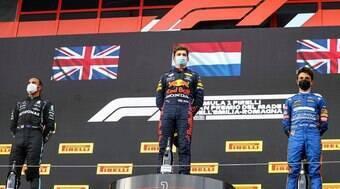 Max Verstappen vence o tumultuado GP da Emilia-Romagna