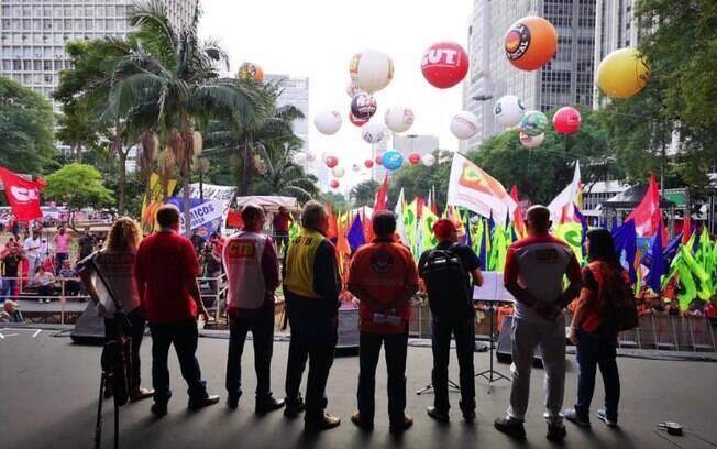 Festa do Dia do Trabalho realizada no Vale do Anhangabaú, em São Paulo