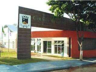 Mesa. Até este ano, Câmara de Igarapé é presidida por Micharlis, que se nega a explicar suspeita