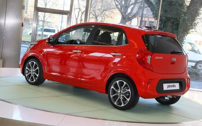 Maior, o novo Picanto ganhou dimensões que o deixam mais próximo de um Fiat Uno do que um subcompacto como o Mobi
