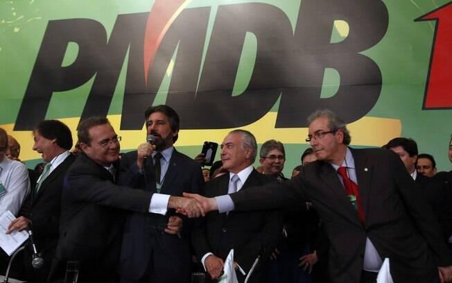 Junto com Renan Calheiros e Eduardo Cunha, Temer garantiu apoio do PMDB à reeleição de Dilma e sua continuidade como vice; dissidência defendia candidatura própria. Foto: Arquivo/Estadão Conteúdo - 10.06.14