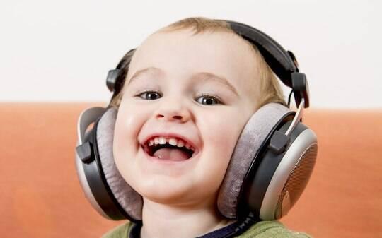 Gosto por música e livros se aprende em casa? - Filhos - iG
