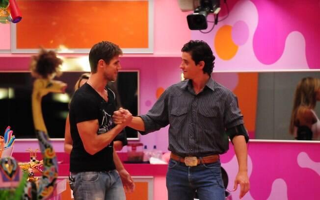 Amigos, Jonas e Fael se enfrentaram no último Paredão