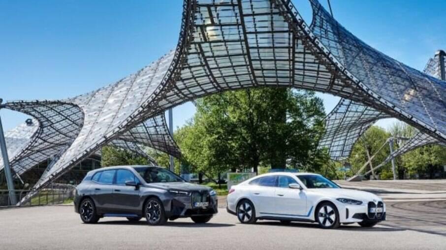 BMW iX e BMW i4 conta com dois modelos 100% elétricos e que devem chegar em novembro à Europa antes de virem ao Brasil