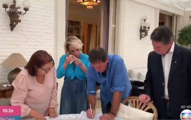 Ana Maria Braga se casa com Johnny Lucet