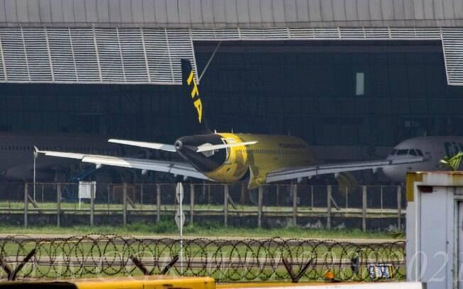 Primeiro Airbus A319 da ITAPEMIRIM é visto já com pintura completa