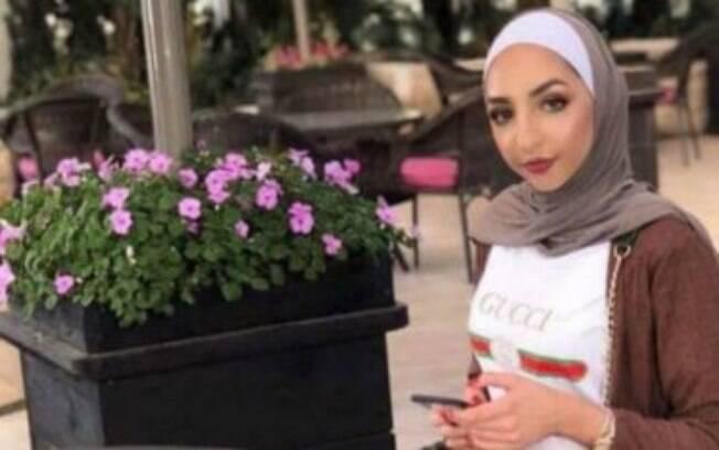 A jovem maquiadora foi morta pelo irmão por postar vídeo com o namorado.