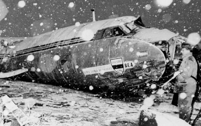 Acidente aéreo de 1958 vitimou oito jogadores do Manchester United e três membros do estafe do clube