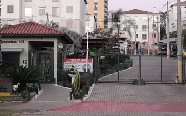 Defesa Civil de Hortolândia permite retirada de objetos de prédio interditado