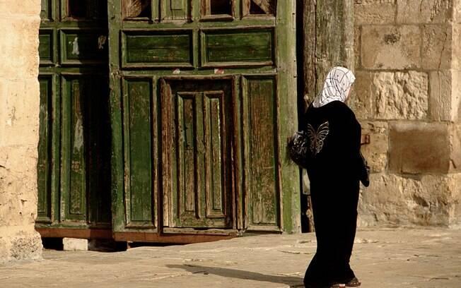 Mulher muçulmana no Monte do Templo