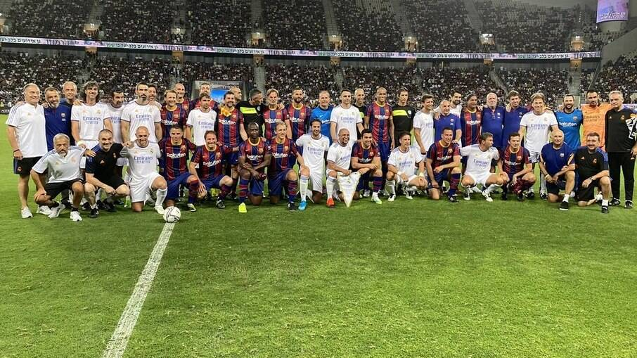 Jogo das estrelas de Barcelona e Real Madrid aconteceu nesta terça-feira (20)