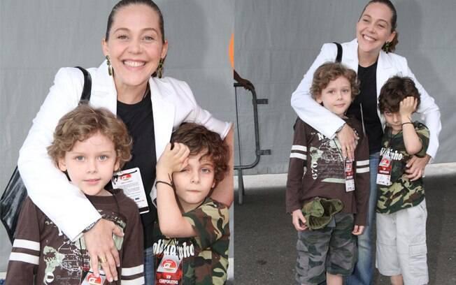 Isabela Garcia levou seus filhos Bernardo e Francisco para o evento
