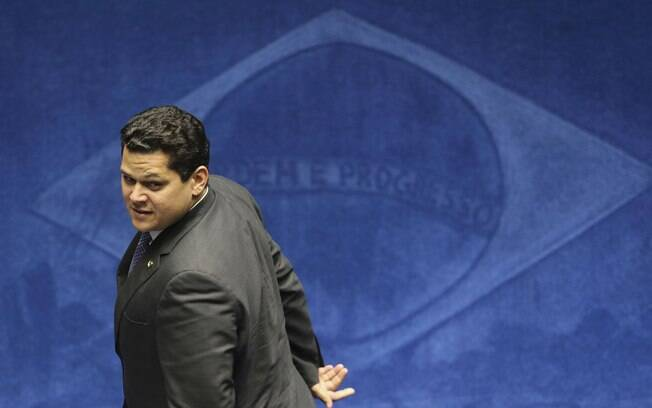 Davi Alcolumbre durante a sessão para eleição da presidência do Senado