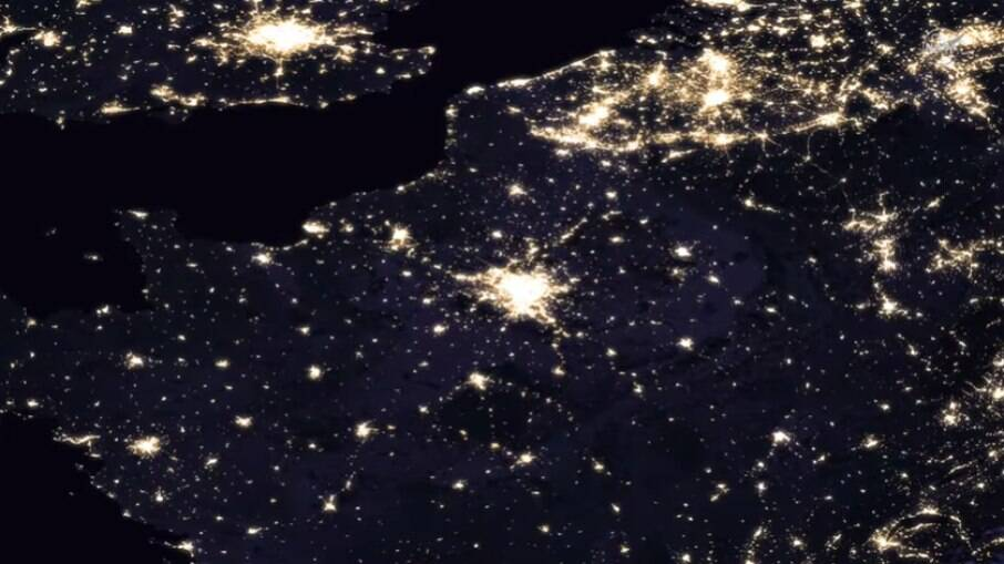 Imagens noturnas da Terra