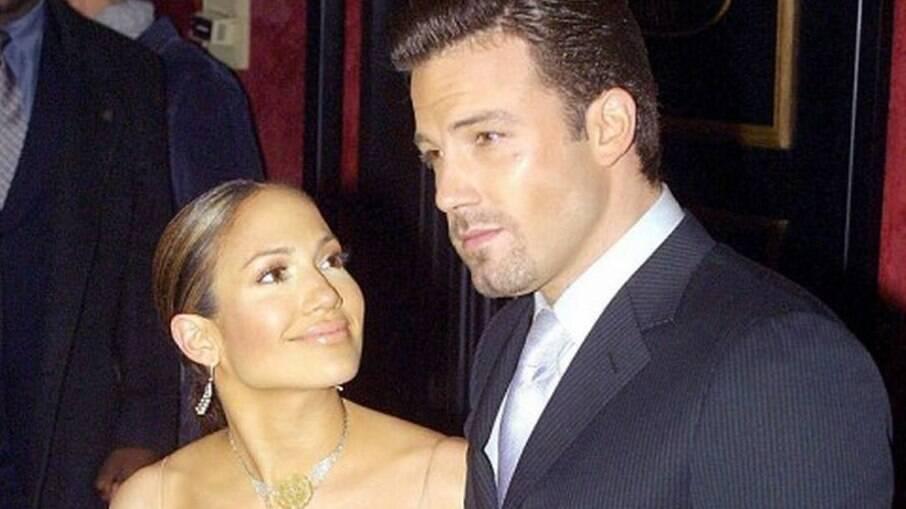 Jennifer Lopez e Ben Affleck em 2002
