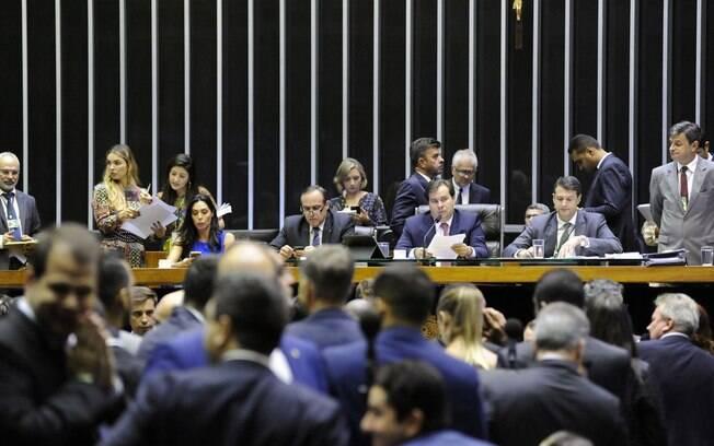 Câmara dos Deputados aprovou projeto que criminaliza assédio moral no trabalho