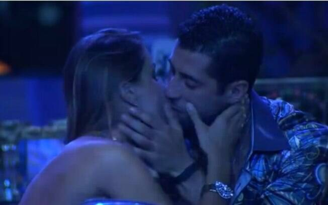 Marcelo consola Angela