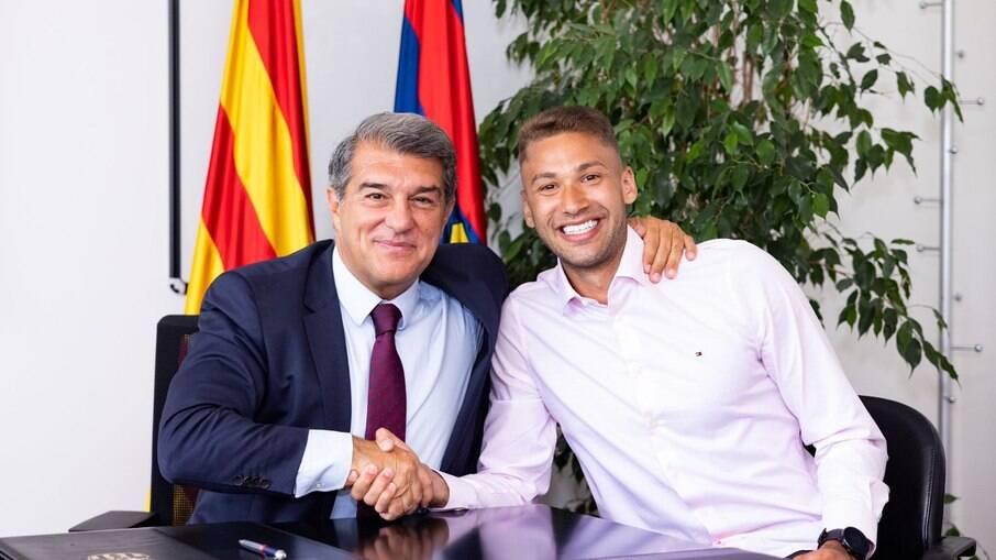 Pito assinou com o Barcelona por três temporadas